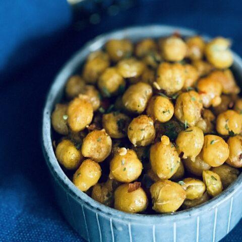 Geröstete Kichererbsen: Der gesunde Snack für die Couch